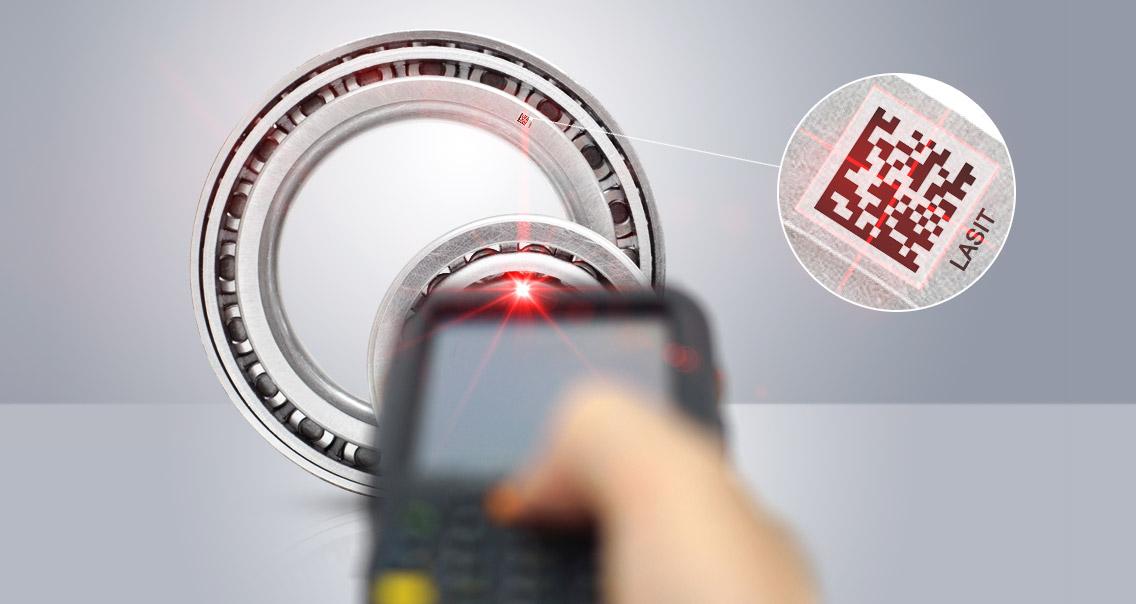 Articolo-Tracciabilita-F01 Автоматическая маркировка табличек с системой этикетирования