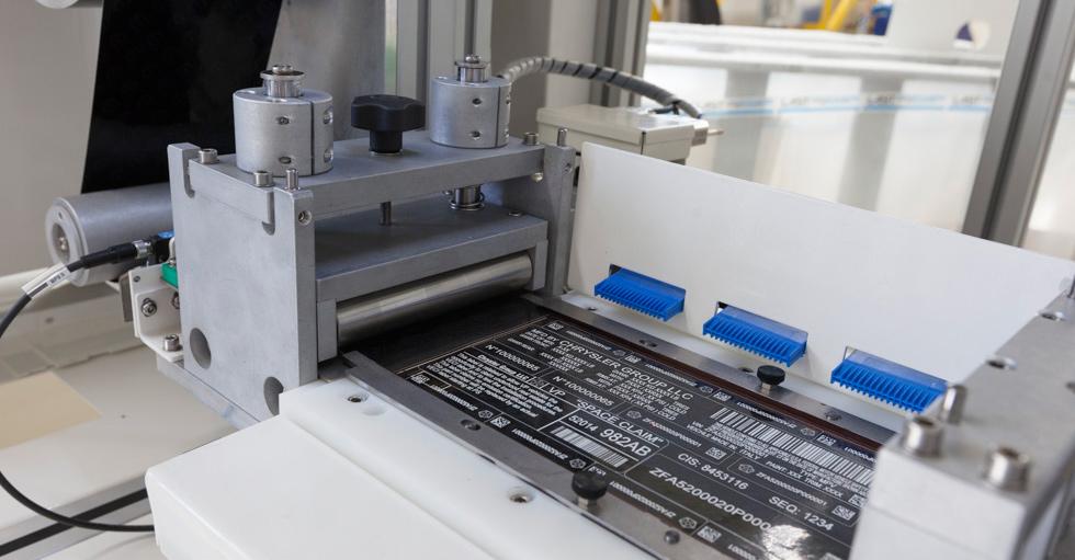 LASER-LASIT-FOIL-FEEDER-3-1 Новый рубеж в области лазерной маркировки на TESA