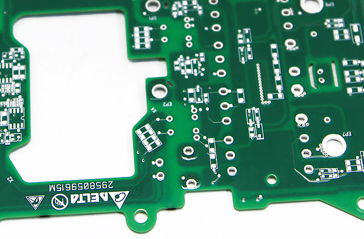 SchedeEletroniche Революция пластмасс: лазер FLYPEAK для маркировки всех их видов
