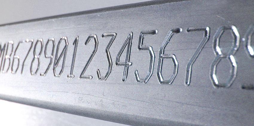 VinCode-02 Автоматическая маркировка табличек с системой этикетирования