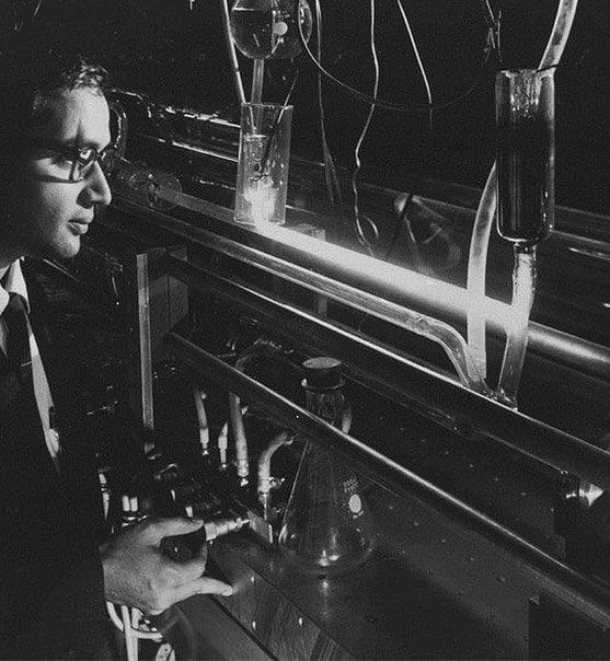 laserstoria1mobile История лазера: от Эйнштейна до Гордона Гулда