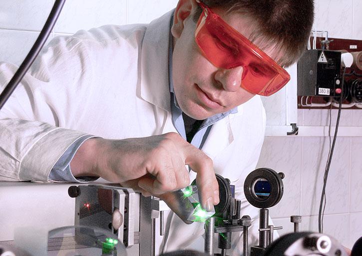 lab-laser ЛАЗЕРНАЯ МАРКИРОВКА: Выбор лучшего лазера для вашего применения
