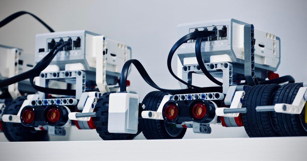 jelleke-vanooteghem-6NUlOHM40w8-unspl-1024x538 Индустрия 4.0: почему предприятиям необходима цифровая трансформация