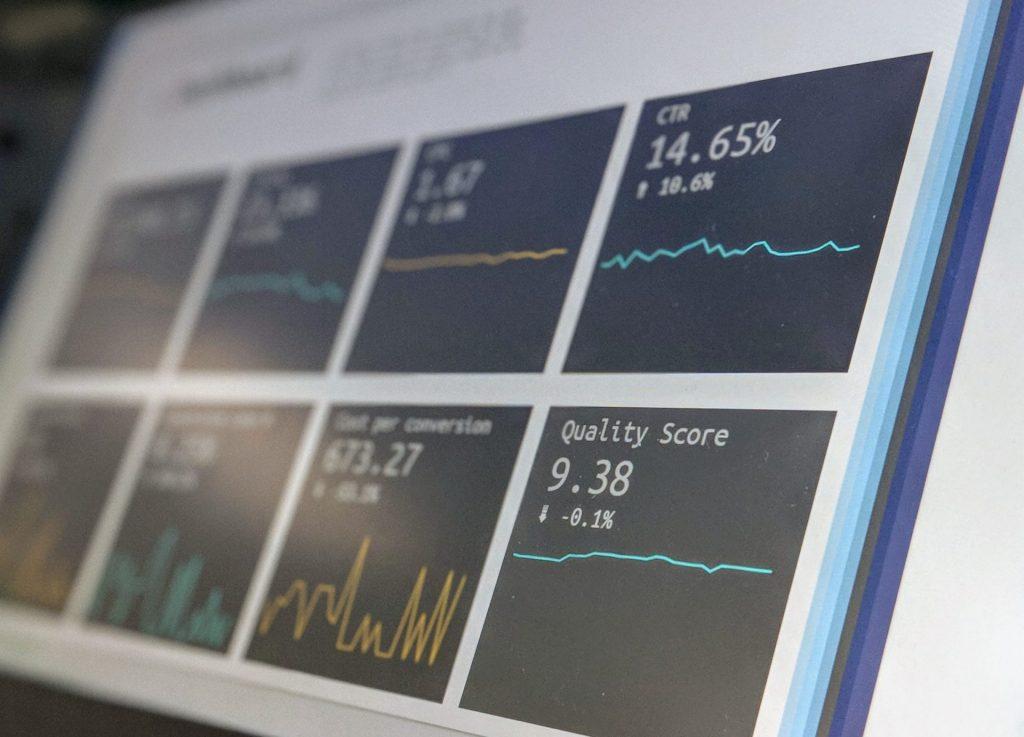 stephen-dawson-qwtCeJ5cLYs-unsplash-scaled-1-1024x737 Индустрия 4.0: почему предприятиям необходима цифровая трансформация
